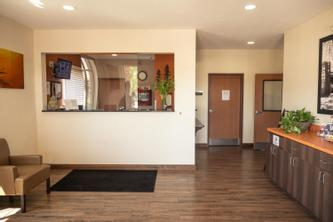 White House Suites | Plainfield | White House Suites, Plainfield - Photo Gallery - 10